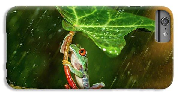 Frogs iPhone 7 Plus Case - Ohh Noo :( It's Raining by Kutub Uddin