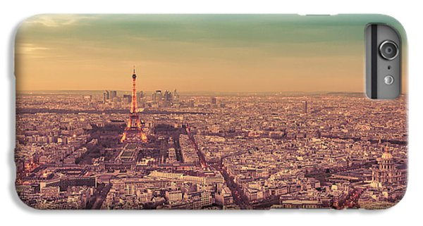 City Sunset iPhone 7 Plus Case - Paris - Eiffel Tower And Cityscape At Sunset by Vivienne Gucwa