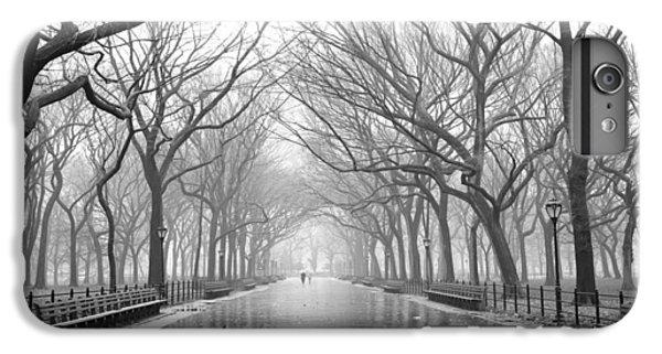 New York City - Poets Walk Central Park IPhone 7 Plus Case