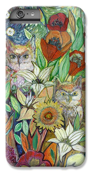 Tulip iPhone 7 Plus Case - Returning Home To Roost by Jennifer Lommers