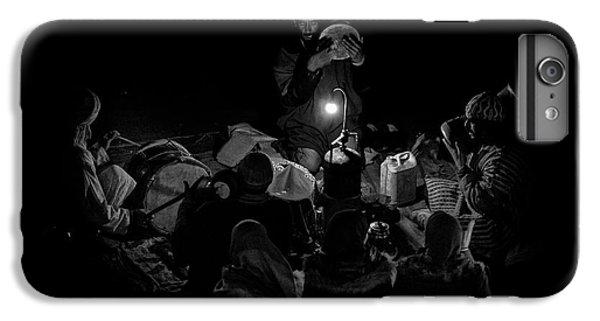 Drum iPhone 7 Plus Case - Singing To The Night by Angel Bernaldo De