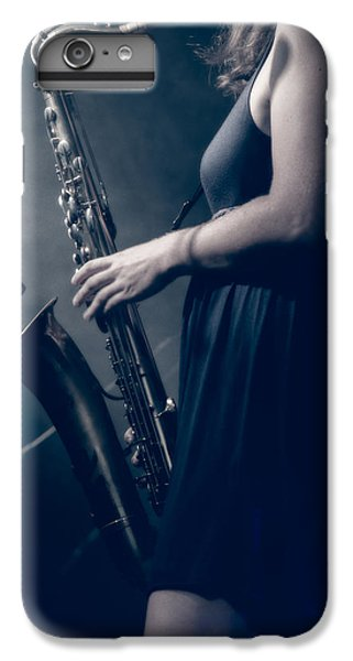Saxophone iPhone 7 Plus Case - The Saxophonist Sounds In The Night by Bob Orsillo
