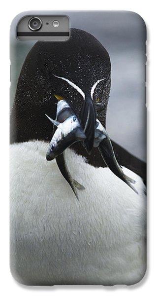 Feeding Time... IPhone 7 Plus Case