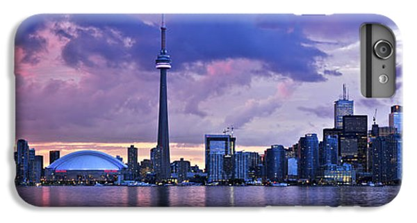 Toronto Skyline IPhone 7 Plus Case