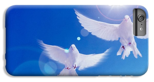 Two Doves Side By Side With Wings IPhone 7 Plus Case by Panoramic Images