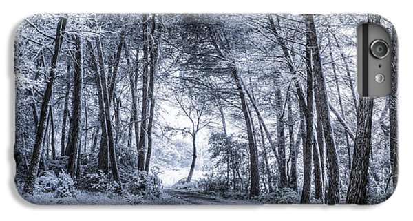 Unexpected Snowfall IPhone 7 Plus Case