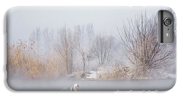 Swan iPhone 7 Plus Case - Untitled by Uu