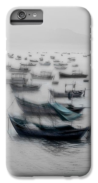 Boats iPhone 7 Plus Case - Vietnamese Boats by Svetlin Yosifov