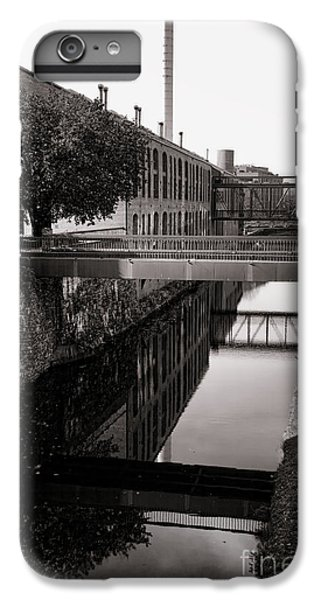 Washington D.c iPhone 7 Plus Case - Walking Along The C And O by Olivier Le Queinec