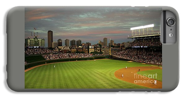 Wrigley Field iPhone 7 Plus Case - Wrigley Field At Dusk by John Gaffen