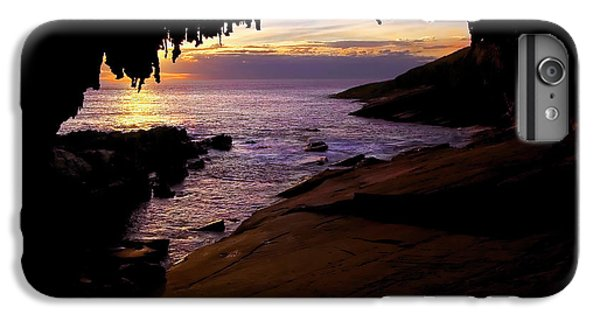Kangaroo iPhone 7 Plus Case - Admiral's  Arch Sunset by Mike Dawson