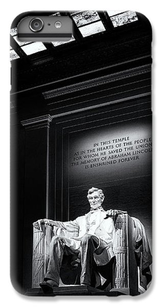 Abraham Lincoln Seated IPhone 7 Plus Case by Andrew Soundarajan