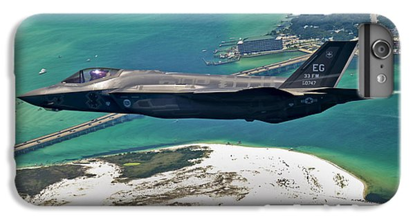 An F-35 Lightning II Flies Over Destin IPhone 7 Plus Case