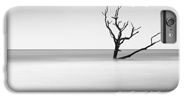Bull iPhone 7 Plus Case - Boneyard Beach I by Ivo Kerssemakers