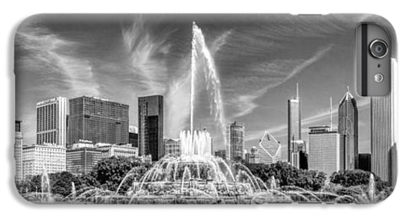 Buckingham Fountain Skyline Panorama Black And White IPhone 7 Plus Case by Christopher Arndt