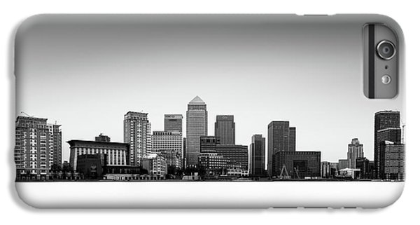 Canary Wharf Skyline IPhone 7 Plus Case by Ivo Kerssemakers