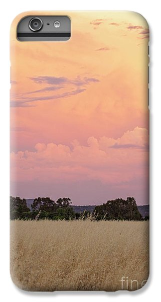 IPhone 7 Plus Case featuring the photograph Christmas Eve In Australia by Linda Lees