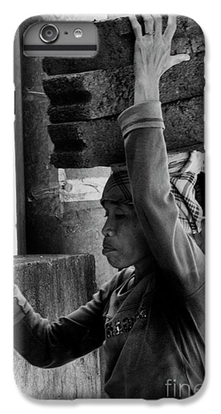IPhone 7 Plus Case featuring the photograph Construction Labourer - Bw by Werner Padarin