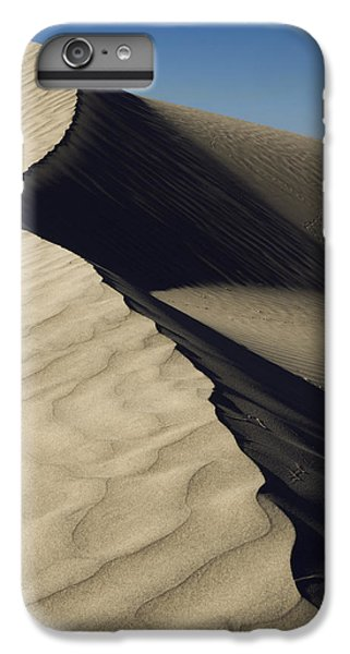 Contours IPhone 7 Plus Case by Chad Dutson