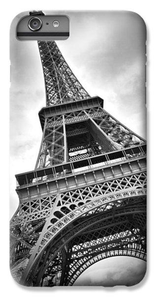 Eiffel Tower Dynamic IPhone 7 Plus Case