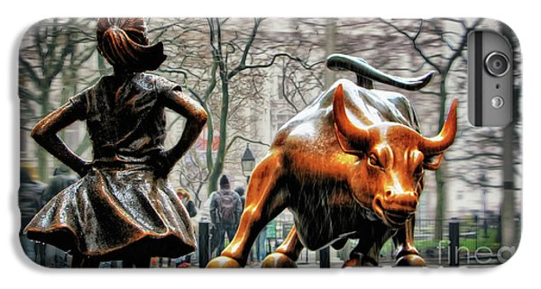 Bull iPhone 7 Plus Case - Fearless Girl And Wall Street Bull Statues by Nishanth Gopinathan