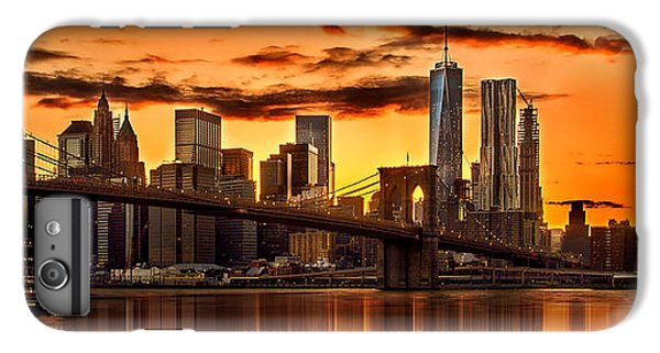 Fiery Sunset Over Manhattan  IPhone 7 Plus Case