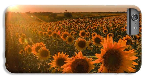 Hawk iPhone 7 Plus Case - Glowing Sunflowers by Scott Bean