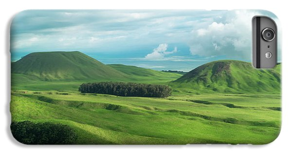 Green Hills On The Big Island Of Hawaii IPhone 7 Plus Case by Larry Marshall