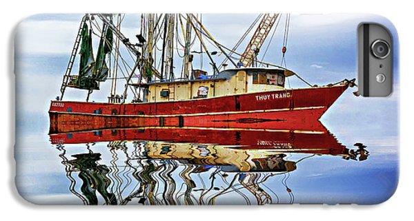 Shrimp Boats iPhone 7 Plus Case - Louisiana Shrimp Boat 4 - Paint by Steve Harrington