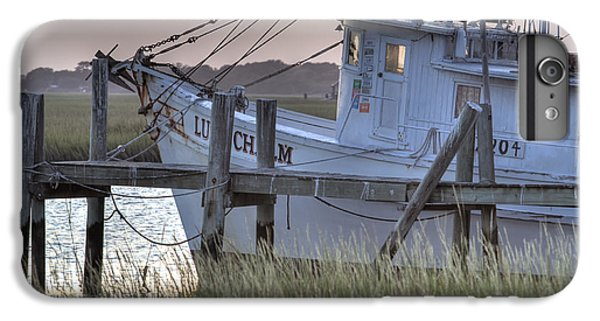 Shrimp Boats iPhone 7 Plus Case - Lowcountry Shrimp Boat Sunset by Dustin K Ryan