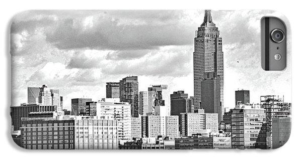 Manhattan Skyline No. 7-2 IPhone 7 Plus Case