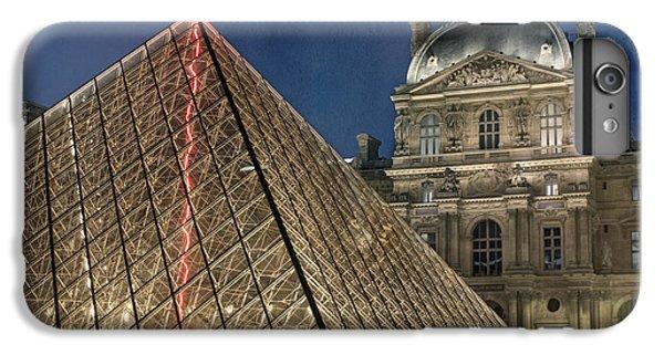 Paris Louvre IPhone 7 Plus Case