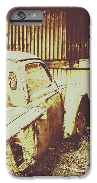 Truck iPhone 7 Plus Case - Rusty Pickup Garage by Jorgo Photography - Wall Art Gallery