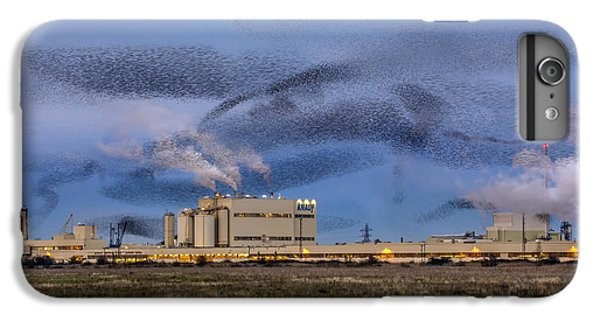 Starlings iPhone 7 Plus Case - Starling Mumuration by Ian Hufton