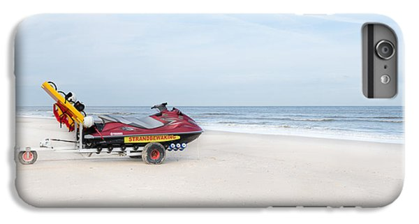 Jet Ski iPhone 7 Plus Case - Strandbewaking by Hannes Cmarits