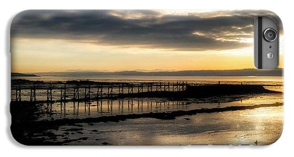 The Old Pier In Culross, Scotland IPhone 7 Plus Case
