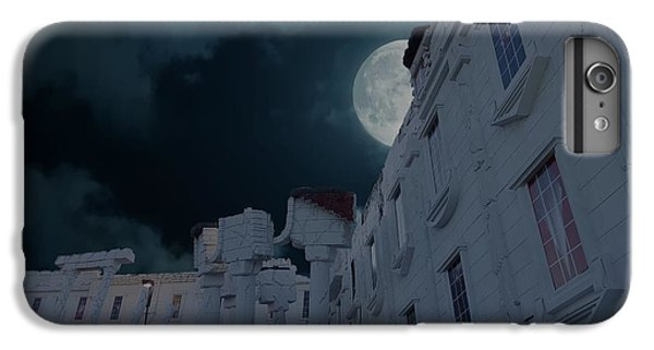 Whitehouse iPhone 7 Plus Case - Upside Down White House At Night by Art Spectrum