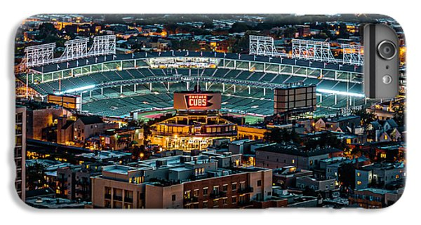 Wrigley Field iPhone 7 Plus Case - Wrigley Field From Park Place Towers Dsc4678 by Raymond Kunst