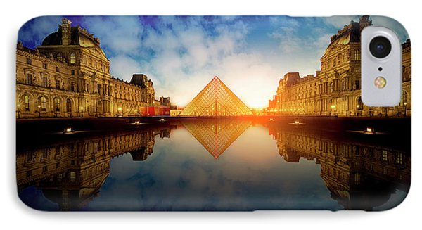 French iPhone 8 Case - Le Louvre by Massimo Cuomo
