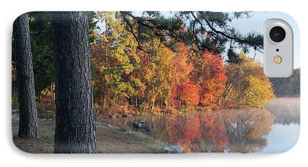 Loblolly Pine On Lake Bailey, Petit IPhone Case