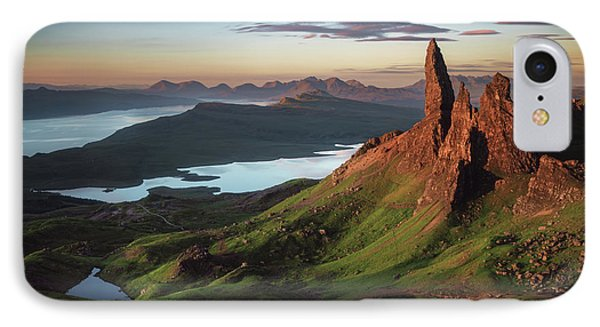 Scotland iPhone 8 Case - Scotland - Old Man Of Storr by Jean Claude Castor