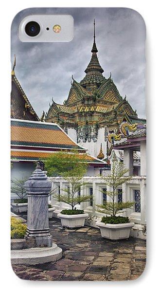 Wat Pho Temple Gardens IPhone Case
