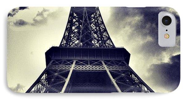 iPhone 8 Case - #paris by Ritchie Garrod