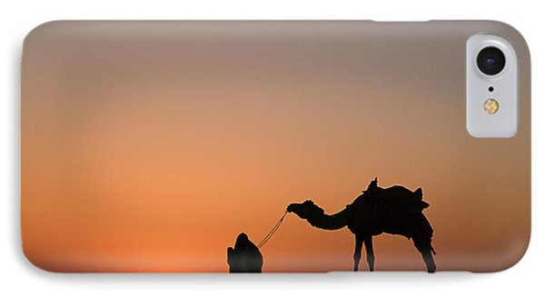 Skn 0870 Silhouette At Sunrise IPhone Case