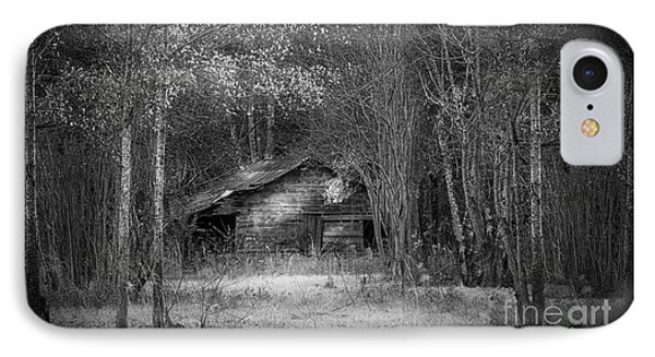 That Old Barn-bw IPhone Case