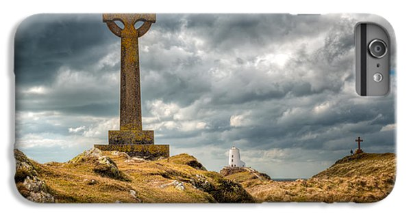 Celtic Cross iPhone 8 Plus Case - Celtic Cross At Llanddwyn Island by Adrian Evans