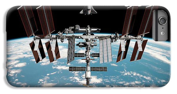 International Space Station iPhone 8 Plus Case - Cruise Shuttle Rendezvous With The Iss by Nasa/walter Myers/science Photo Library