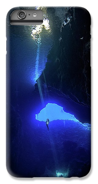 Scuba Diving iPhone 8 Plus Case - Sound From Sky by Charlie Jung