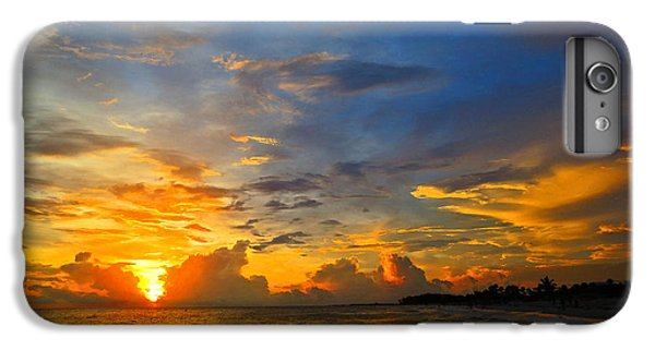 Scuba Diving iPhone 8 Plus Case - Sunset In Paradise - Beach Photography By Sharon Cummings by Sharon Cummings