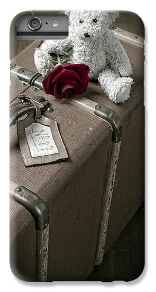 Rose iPhone 8 Plus Case - Teddy Wants To Travel by Joana Kruse